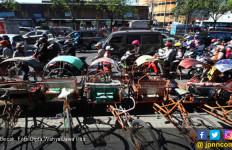 Di Kota ini Becak Sudah Tak Layak Beroperasi? - JPNN.com
