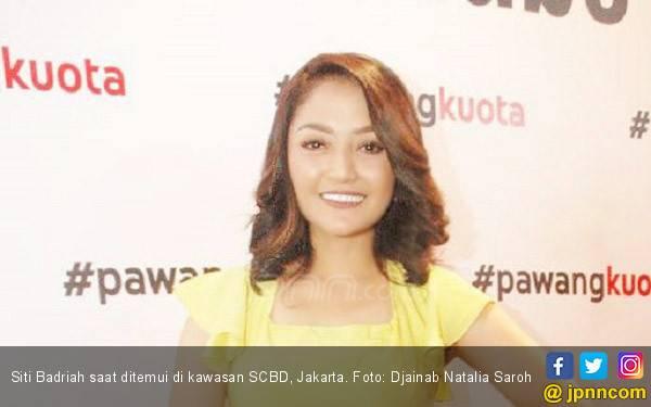 Ini Alasan Siti Badriah Mantap Terima Lamaran Sang Kekasih - JPNN.com