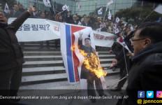 Warga Korsel Beramai-ramai Bakar Kim Jong Un - JPNN.com