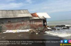Abrasi Kian Parah, Warga Terancam Tak Punya Rumah - JPNN.com
