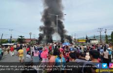 Dipicu Konflik Lahan, Warga Blokir Akses Jalan ke Bandara - JPNN.com
