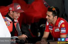 Casey Stoner Masih Mencengangkan Bersama Ducati - JPNN.com