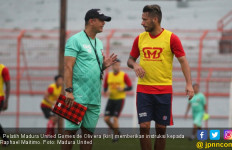 Madura United Hancur Lebur, Gomes de Olivera Mundur - JPNN.com