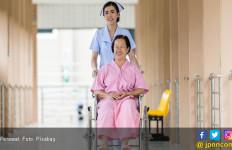 Ketum PPNI: Jadi Perawat Nggak Gampang - JPNN.com