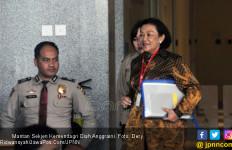 Miryam Dikejar-kejar Anggota DPR dalam Korupsi e-KTP - JPNN.com