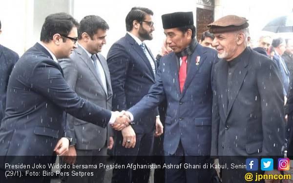 Hamdalah, Pak Jokowi Sampai Istana Meski Diliputi Ketegangan - JPNN.com