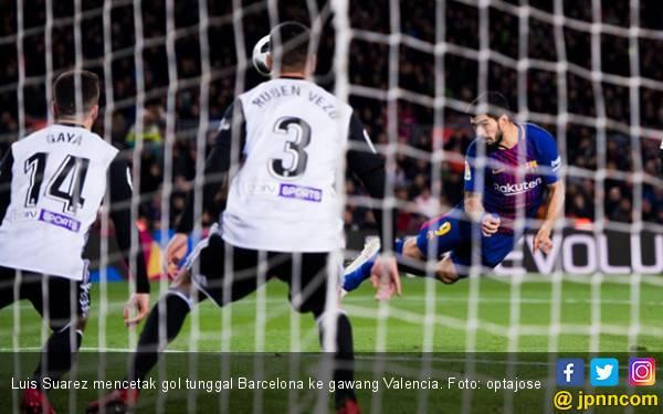 Suarez Catat Rekor, Barcelona Menang Atas Valencia - JPNN.com