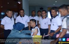 234 Personel Lantamal III Terima Pelayanan Vaksinasi Difteri - JPNN.com