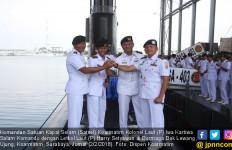 Seperti Ini Suasana Penyerahan Jabatan Komandan Kapal Selam - JPNN.com