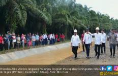 Tiba di Dharmasraya, Jokowi Tinjau Proyek P3TGAI di Sitiung - JPNN.com