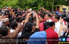 Warga Dharmasraya Antusias Sambut Kedatangan Presiden Jokowi - JPNN.com