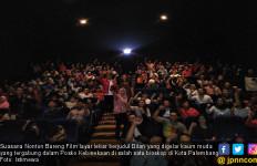 Giri: Film Dilan Bikin Baper - JPNN.com