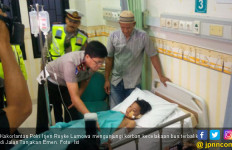 Jenguk Korban Kecelakaan Subang, Kakorlantas Tanya Sopir Bus - JPNN.com