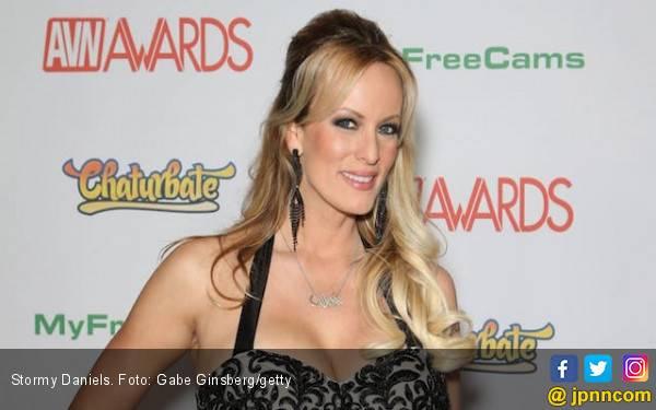 Cerita Bintang Bokep Simpanan Trump: Disebut Mirip Putrinya - JPNN.com