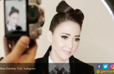 Maia Estianty Rela Naik Ojek Demi Celine Dion - JPNN.com