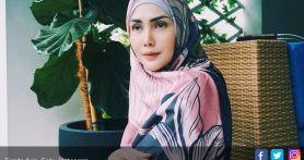 Fenita Arie: Makin ke Sini Bikin Stres Banget