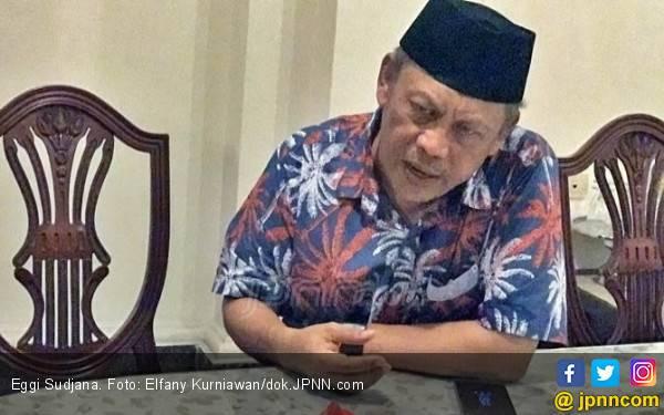 Berorasi di Kertanegara, Eggy Yakini Kekuatan PA 212 Bisa Tumbangkan Jokowi - JPNN.com