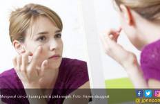 7 Cara Mudah Merawat Kulit agar Tetap Kencang dan Sehat - JPNN.com