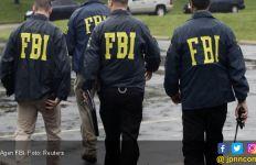 Joe Biden Pertahankan Mantan Anak Buah Donald Trump di Kursi Direktur FBI - JPNN.com