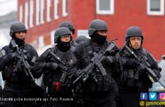 Gokil! Sekolah di Amerika Bakal Dijaga Aparat Bersenjata - JPNN.com