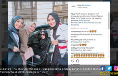 Nonton Fashion Show, Lindsay Lohan Pakai Busana Muslim Hitam - JPNN.com