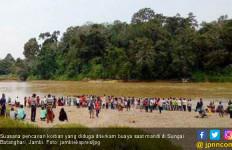 Tangan dan Kaki Putus Diterkam Buaya Sungai Batanghari - JPNN.com
