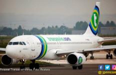 Serangan Kentut Paksa Pesawat Transavia Air Mendarat Darurat - JPNN.com