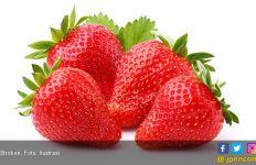 6 Manfaat Stroberi Untuk Kesehatan - JPNN.com