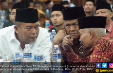 Debat Ricuh, Kelihaian Kang Hasan Kendalikan Massa Teruji - JPNN.com