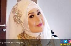Anak Elvy Sukaesih Mengamuk di Warung, Begini Kronologisnya - JPNN.com