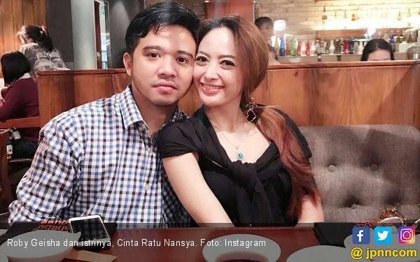 Ini Alasan Roby Geisha Ceraikan Cinta Ratu Nansya - JPNN.com