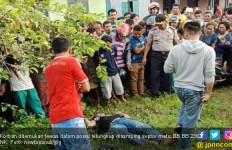 Heboh Mayat Pria Ditemukan Tergeletak di Pinggir Jalan - JPNN.com