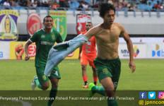 Cetak Gol untuk Persebaya, Buka Baju, Fauzimovic Ingat Ortu - JPNN.com