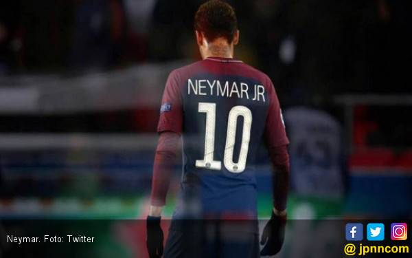 Frustrasi, Neymar Pukul Suporter Lawan - JPNN.com