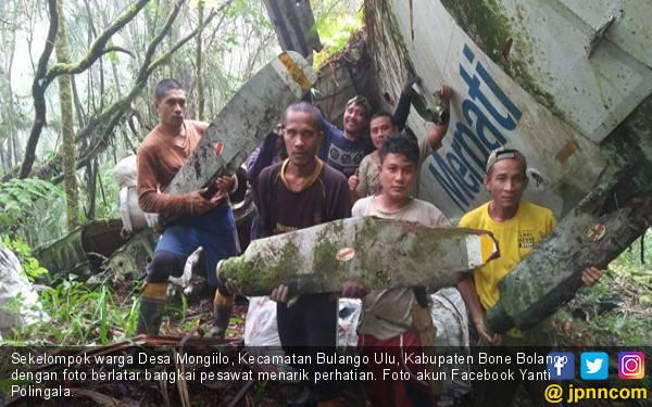 Penemuan Bangkai Pesawat di Hutan Bikin Heboh - JPNN.com