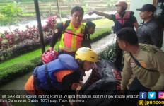 Bos Matahari Tinjau Vila di Sekitar Ciliwung sebelum Hilang - JPNN.com