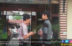 Dua Pria Ngaku Oknum Aparat Rampas Sepeda Motor Pelajar Ini - JPNN.com