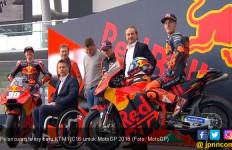 Rilis Livery Baru RC16, Bos KTM Siap Bersaing di MotoGP 2018 - JPNN.com