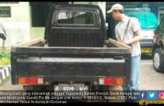 Tukang Tahu Bulat Nekat Gelapkan Mobil Bos - JPNN.com