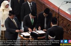 Banyak Anggota DPR Diganti karena Ikut Pilkada - JPNN.com