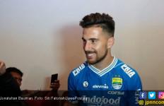 Reaksi Mario Gomez Soal Kartu Merah Jonathan Bauman - JPNN.com