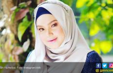 Siti Nurhaliza Kesal Foto Wajah Bayinya Beredar di Medsos - JPNN.com