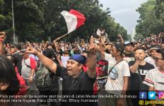 Perwakilan Massa Sopir Taksi Online Segera Diterima Istana - JPNN.com
