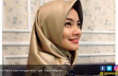 Titi Kamal Sudah Berhijab? - JPNN.com