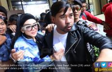 Syahrini Bakal Bersaksi bagi Bos First Travel, Nih Fotonya - JPNN.com