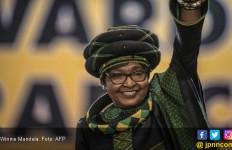 Afrika Selatan Tangisi Kepergian Winnie Mandela - JPNN.com