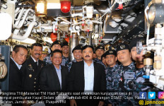 Kapal Selam KRI Ardadedali-404 Diawaki Prajurit Pilihan - JPNN.com