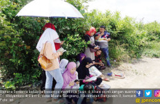 Keluarga Sopir Go-Car Korban Pembunuhan Itu Yasinan di TKP - JPNN.com