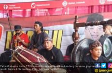 Kang Hasan Pikat Pemilih dengan Jurus Ngendang dan Ngibing - JPNN.com