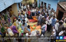 Korban Kecelakaan Bus Sekolah Dikremasi, Polisi Pun Menangis - JPNN.com